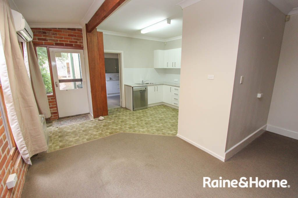 36 Keppel Street, Bathurst NSW 2795, Image 2