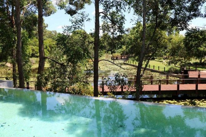 Picture of 4 Coolabah Lane, NOOSA HEADS QLD 4567