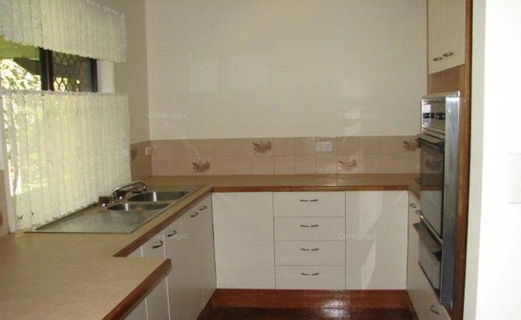 63 Sunbird Chase, Parrearra QLD 4575, Image 2