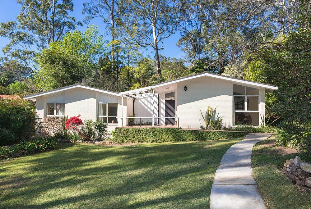 11 Kimbarra Road, Pymble NSW 2073, Image 0