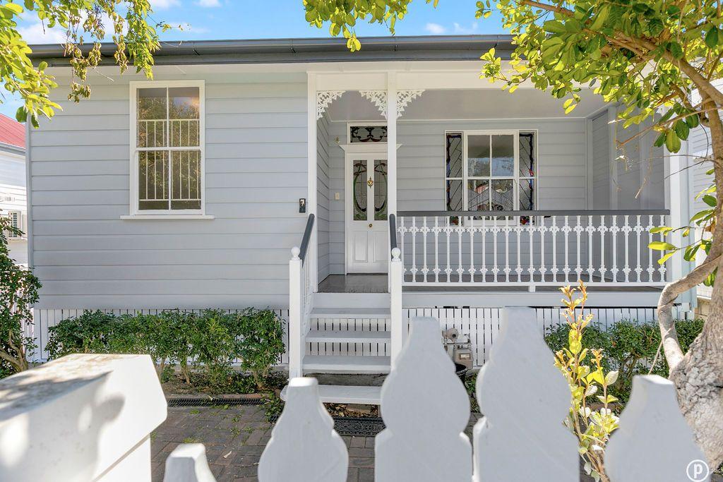 7 Grantham Street, Dutton Park QLD 4102, Image 2