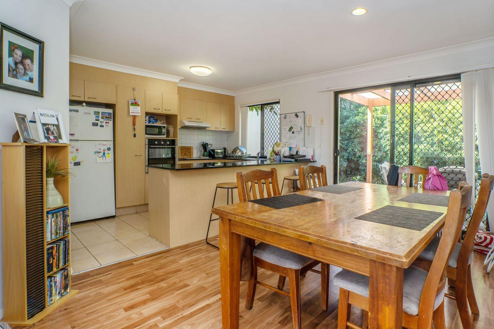 260/64 Gilston Road, Nerang QLD 4211, Image 2