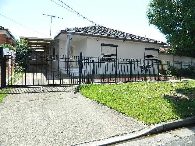 13 Veron Street, Fairfield East NSW 2165, Image 0