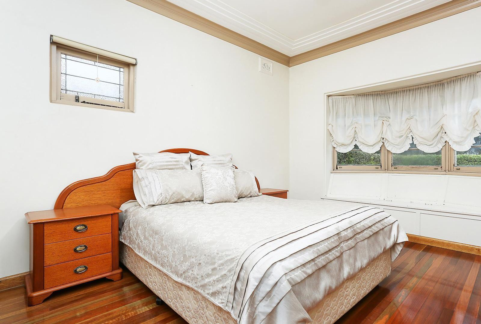 24 Schofield Avenue, Earlwood NSW 2206, Image 2