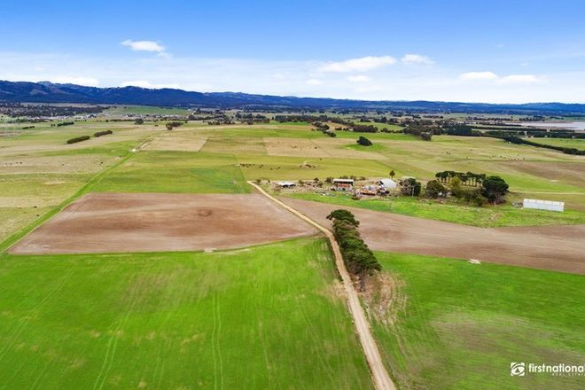 Picture of 2/260 Nadenbousch's Road, HAZELWOOD VIC 3840