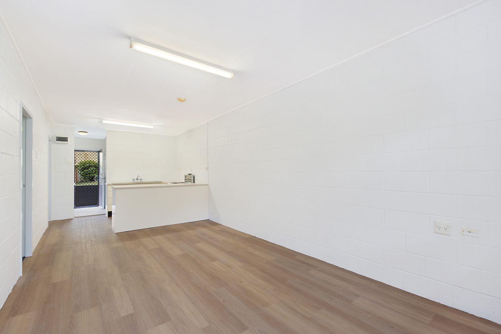 2/37 Jubilee Drive, Palmwoods QLD 4555, Image 0
