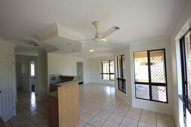 11 Rialto Close, Kirwan QLD 4817, Image 2