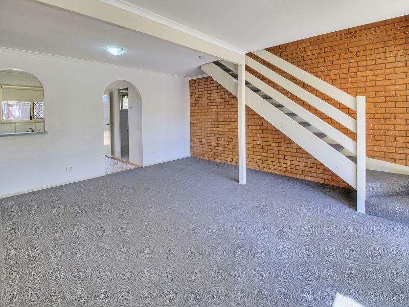 23/3 Costata Street, Hillcrest QLD 4118, Image 1