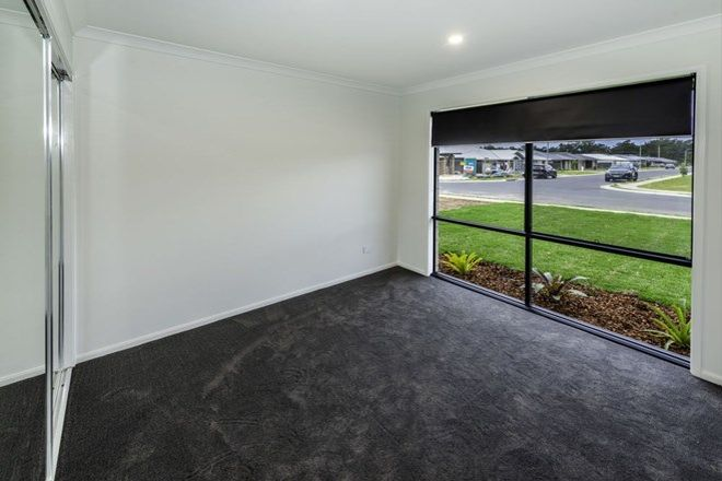 Picture of 11 Somervale Road, SANDY BEACH NSW 2456