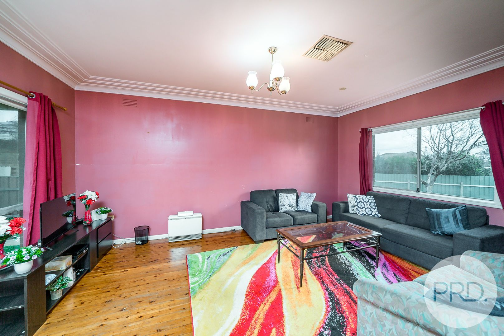 11 Bungown Place, Mount Austin NSW 2650, Image 2