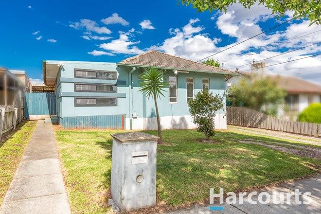 Picture of 22 Tristania Street, DOVETON VIC 3177