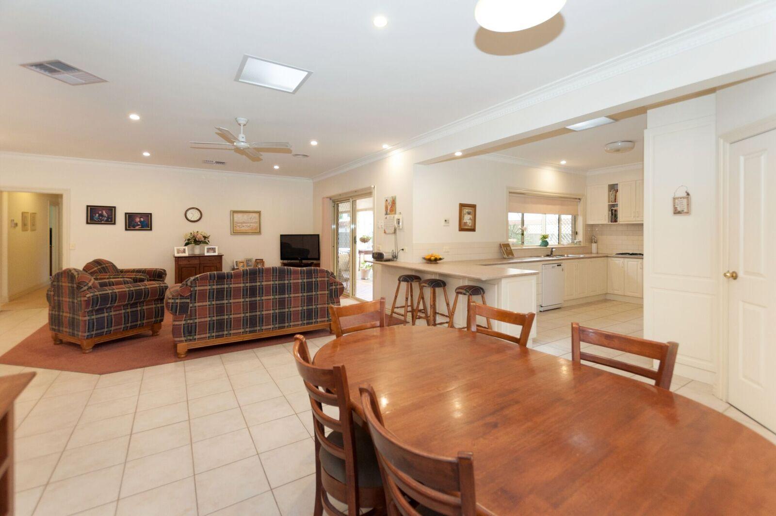 39 Melbourne Street, Mulwala NSW 2647, Image 2