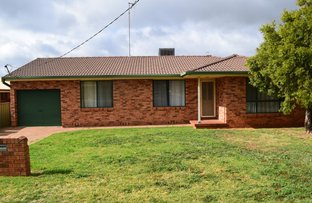 15 Flinders Street, Parkes NSW 2870