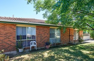 Picture of 46 Karoom Drive, Glenfield Park NSW 2650