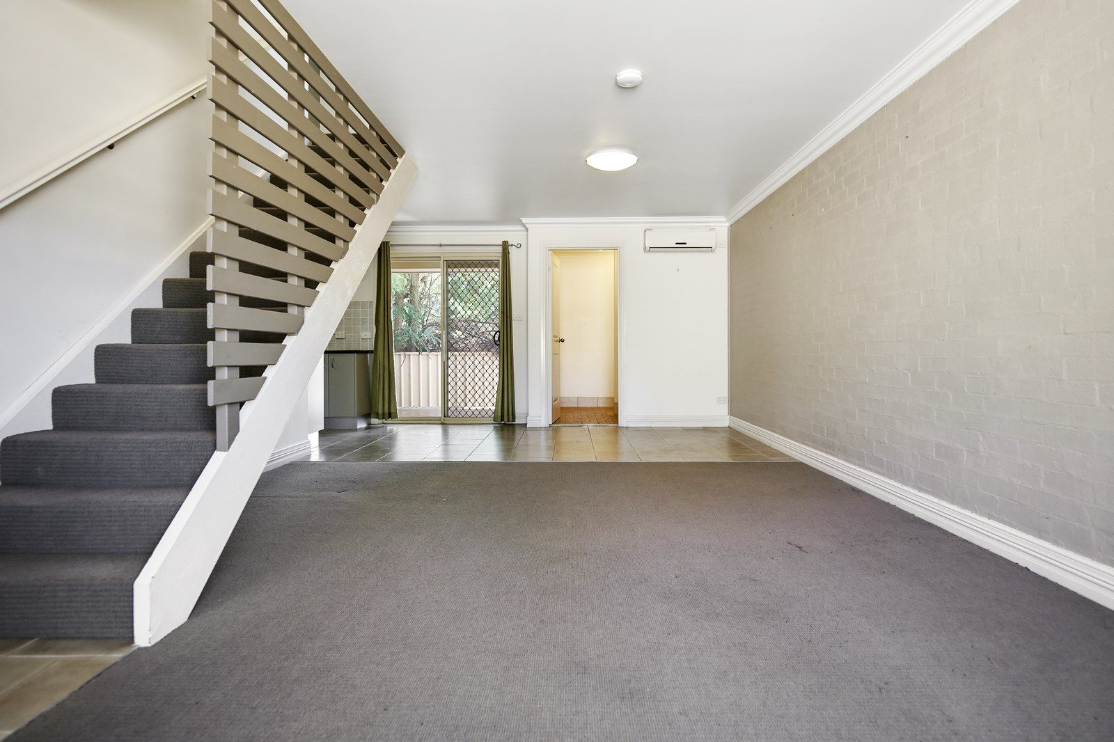2/35a McLachlan Street, Orange NSW 2800, Image 1
