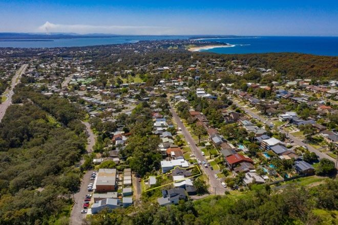 Picture of 27 Wordsworth Avenue, BATEAU BAY NSW 2261