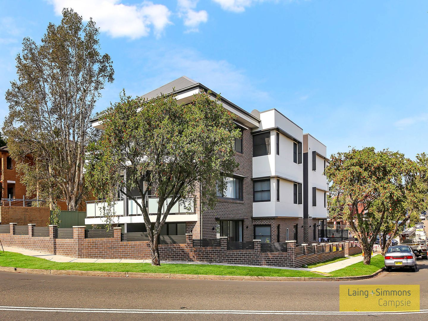 8/2a Thorncraft Parade, Campsie NSW 2194, Image 0