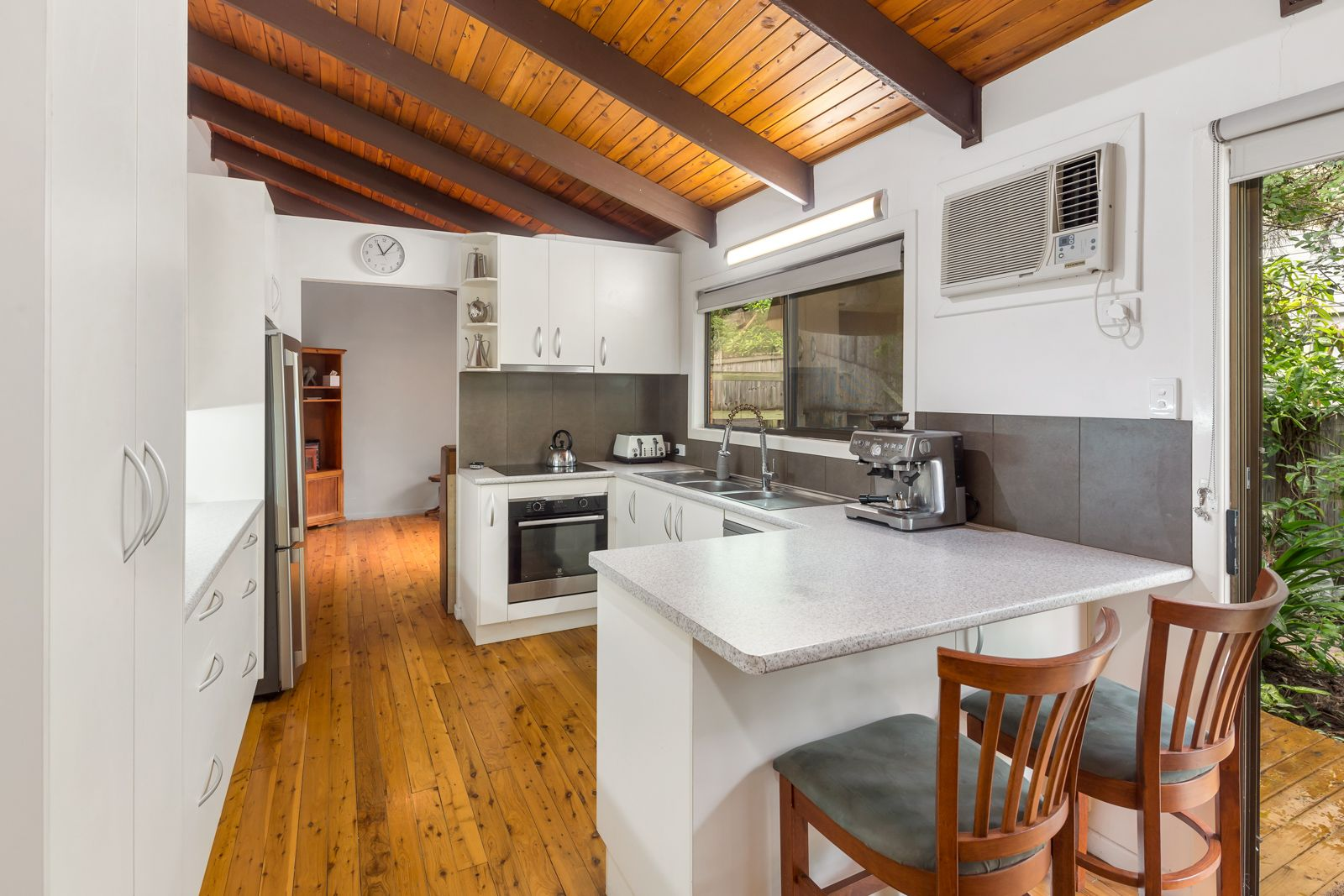 1 Pilin Place, Chapel Hill QLD 4069, Image 2