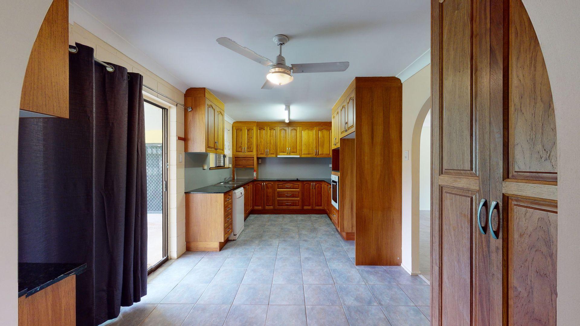 22 Anita Avenue, Yabulu QLD 4818, Image 2