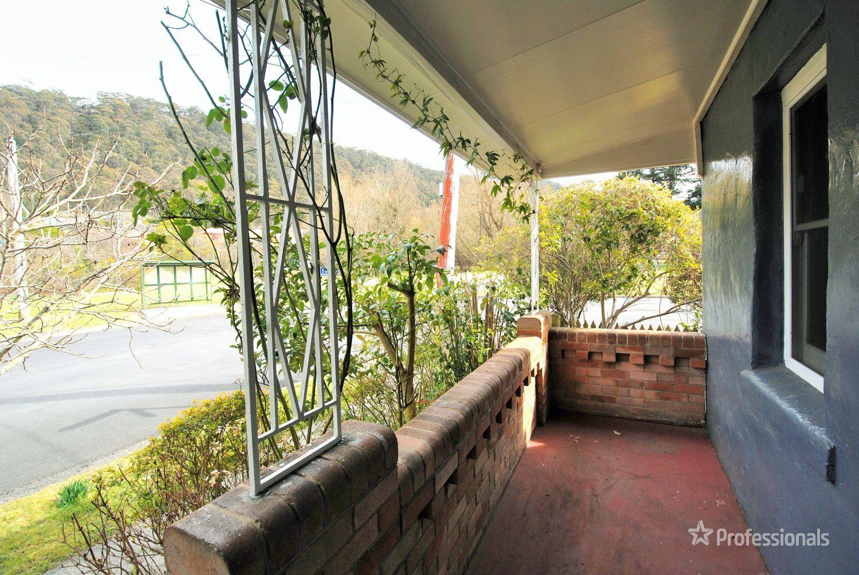 9 Sutcliffe Street, Lithgow NSW 2790, Image 1