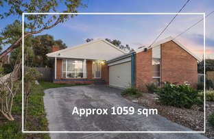 Picture of 8 Knott Court, Langwarrin VIC 3910