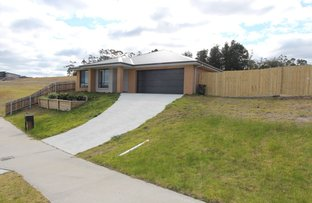 Picture of 21 Riviera Court, Lakes Entrance VIC 3909