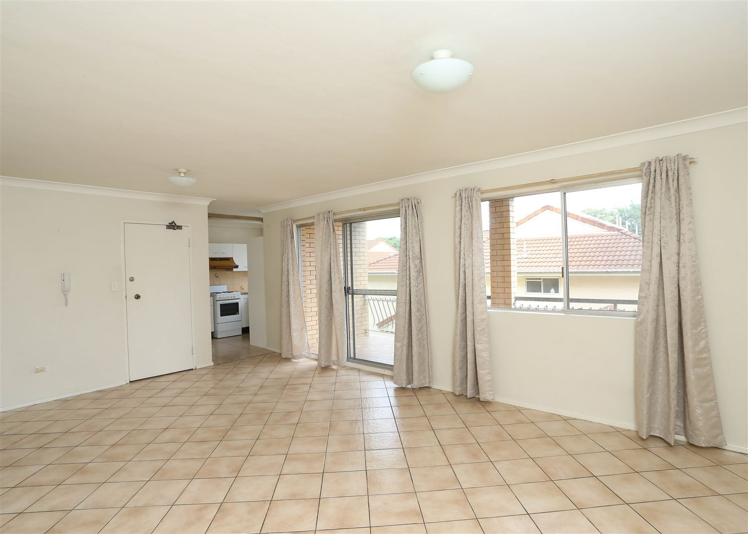 2/14 Collins Street, Clayfield QLD 4011, Image 1