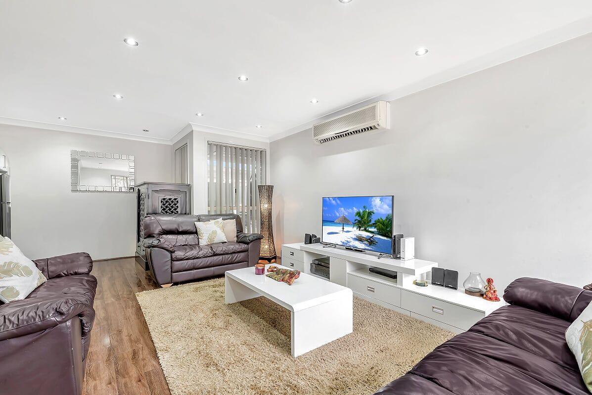 Hinchinbrook NSW 2168, Image 2