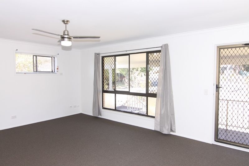 19 Harbinger Court, Nerang QLD 4211, Image 2
