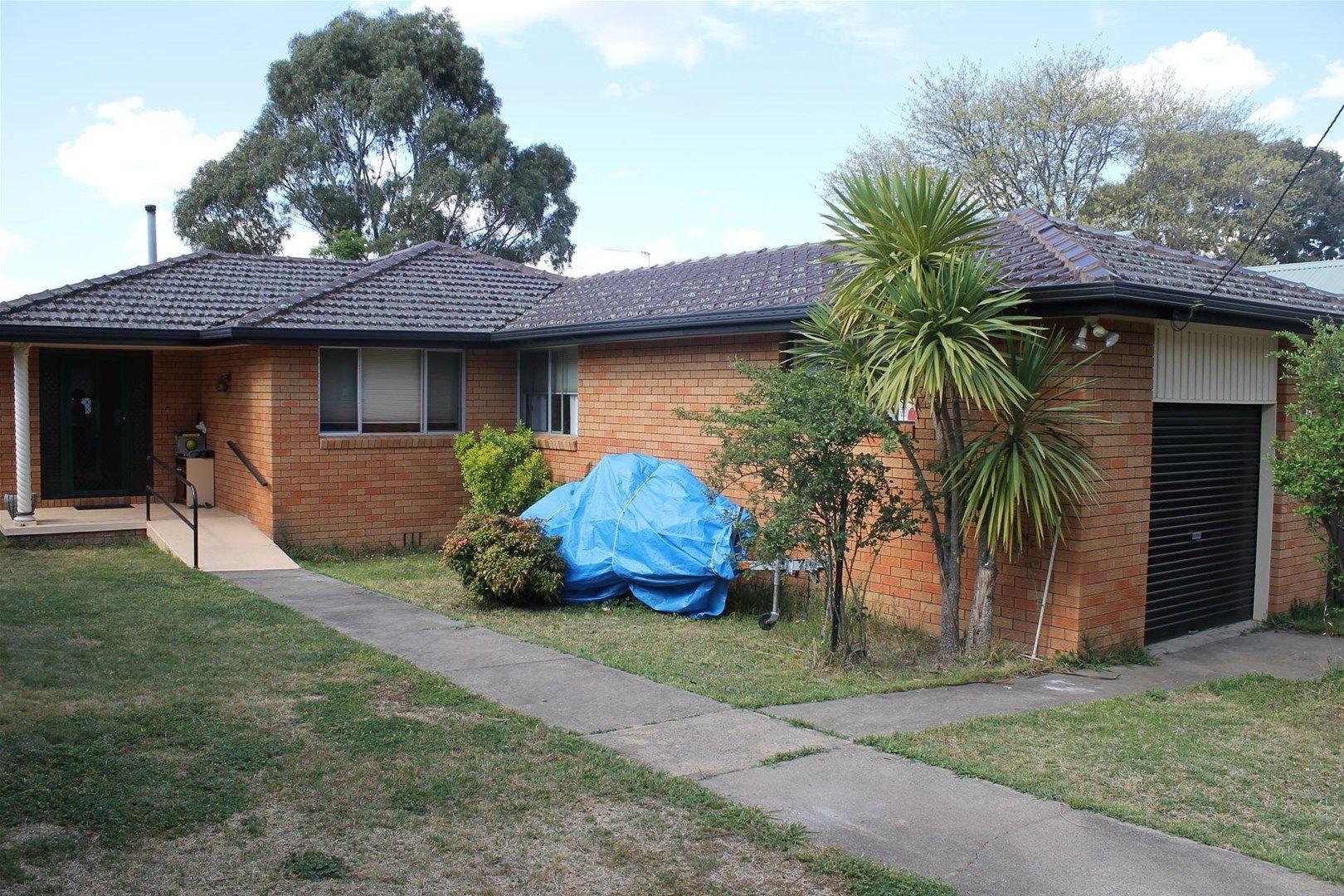 15 Drummond Avenue, Armidale NSW 2350, Image 0