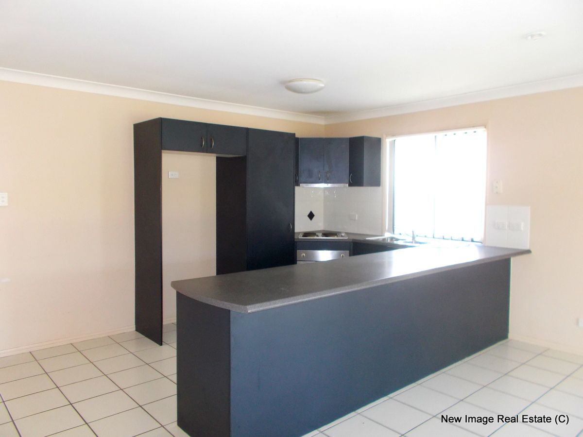 10 Lake Wivenhoe, Logan Reserve QLD 4133, Image 2
