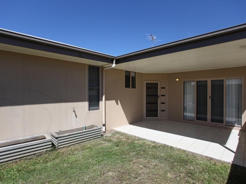 3/4 Mulcahy, Eimeo QLD 4740, Image 1