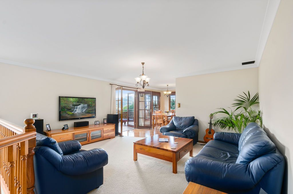 34 Taminga Crest, Cordeaux Heights NSW 2526, Image 1