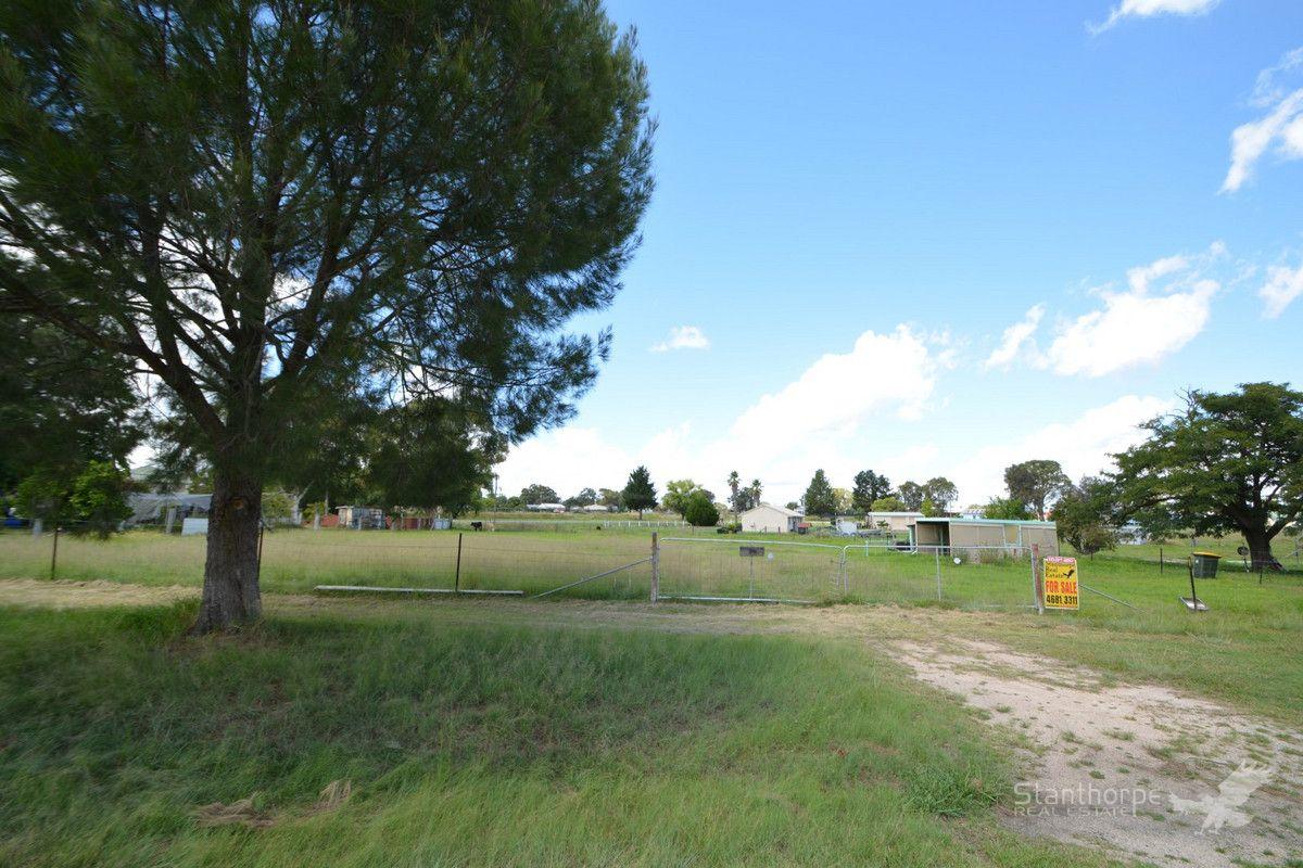 39 Margetts Street, Wallangarra QLD 4383, Image 0
