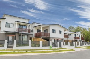 Picture of 27 Sunflower Crescent, Calamvale QLD 4116