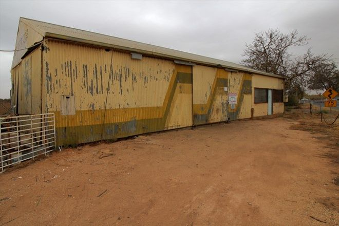 Picture of 870 Old Sturt Highway, GLOSSOP SA 5344