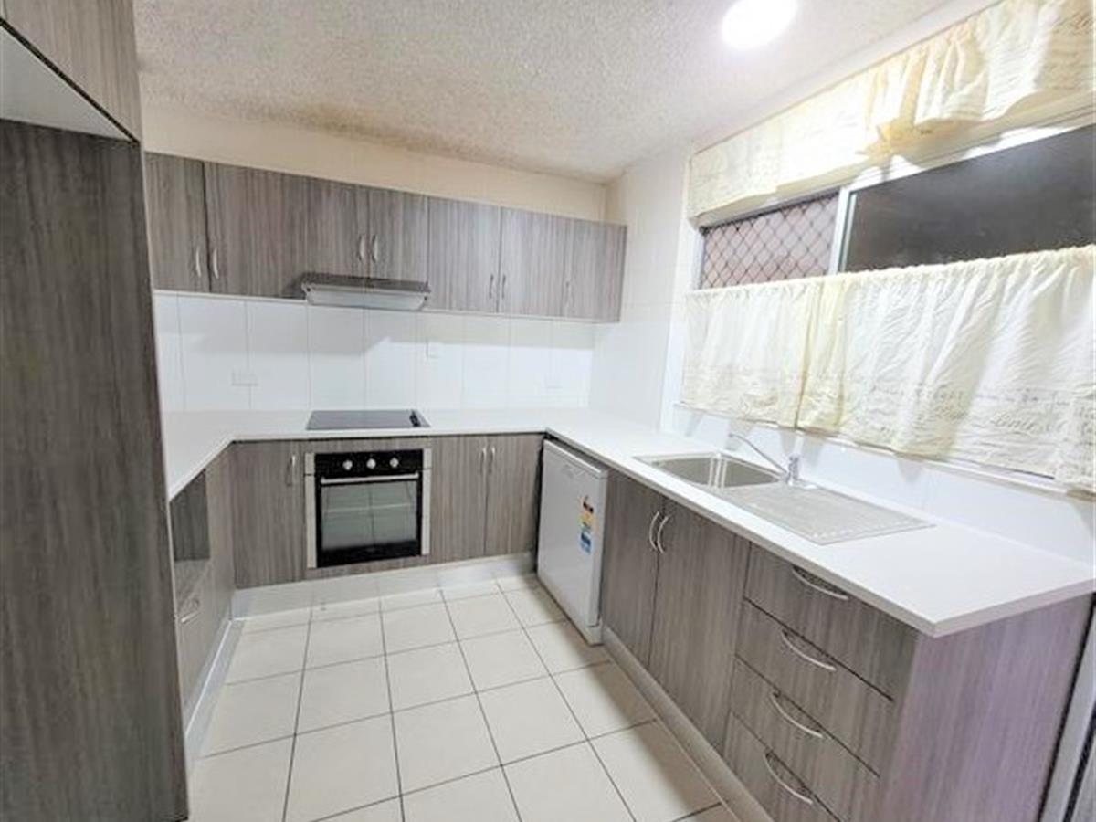 3/58 Digger Street, Cairns North QLD 4870, Image 1