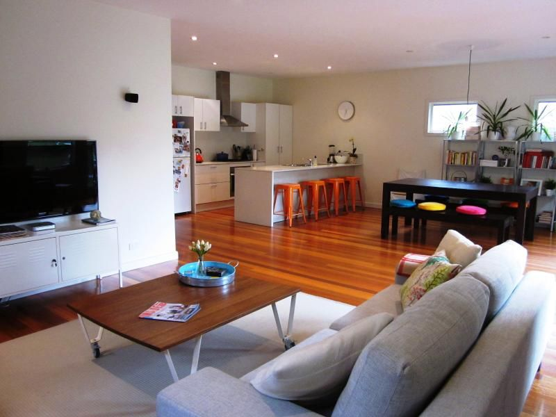 110 Cross Street, West Footscray VIC 3012, Image 2