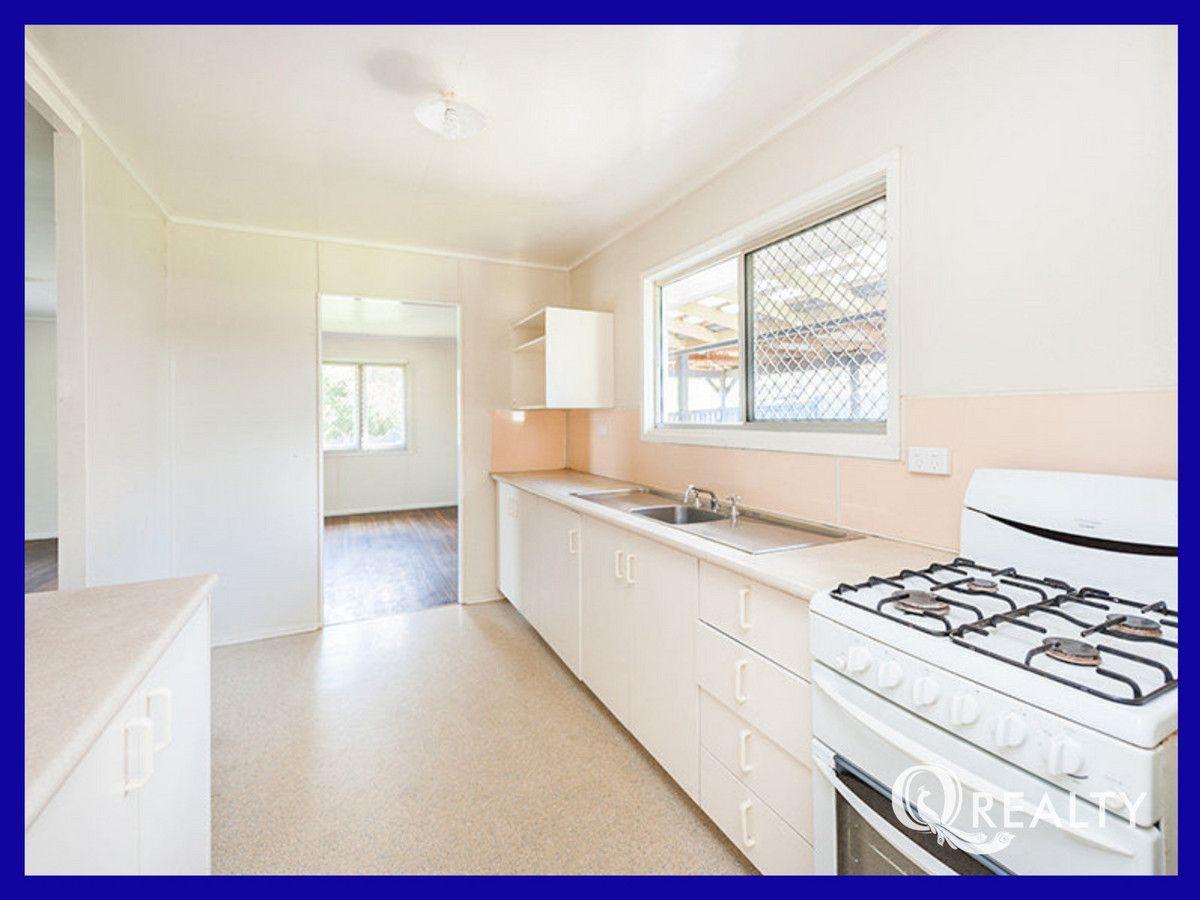 4 Blaine Street, Goodna QLD 4300, Image 2