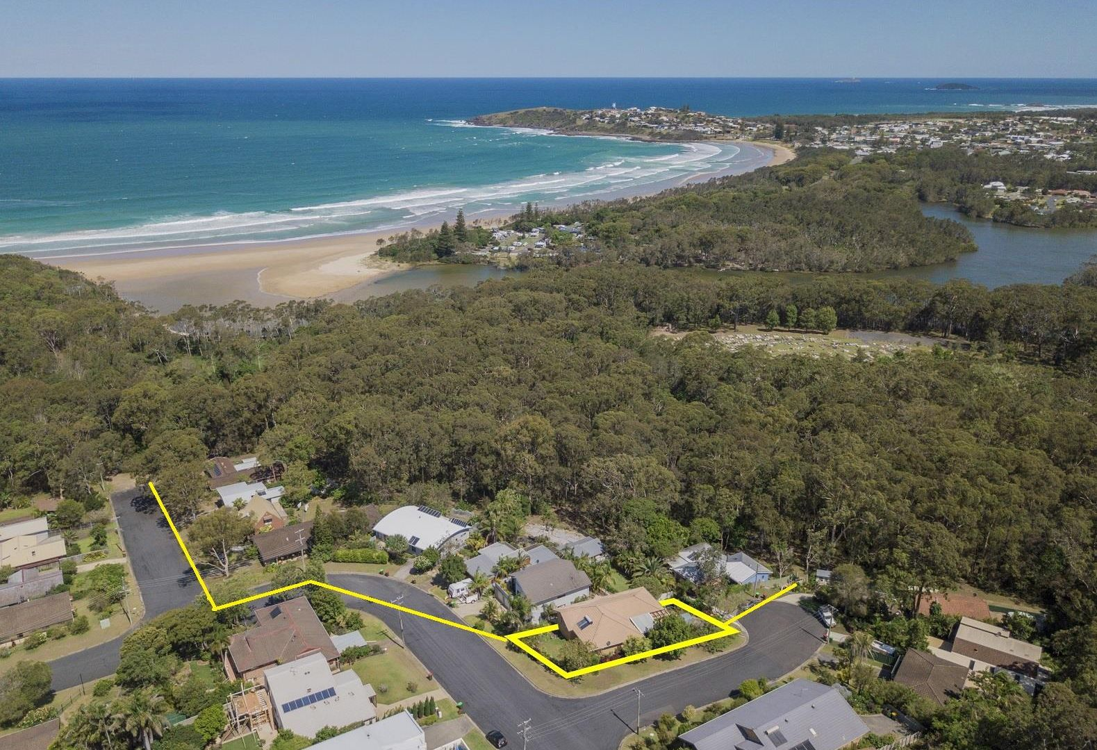 14 Campbell St, Safety Beach NSW 2456, Image 1