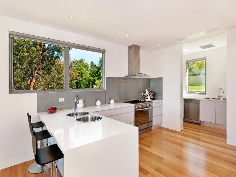 67a Woorara Avenue, North Narrabeen NSW 2101, Image 2