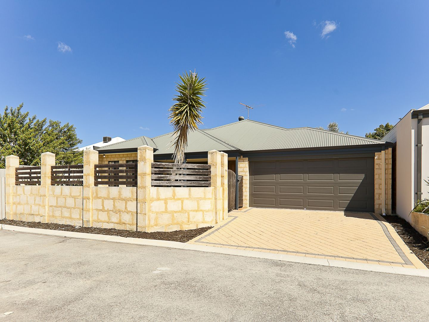 156A Holbeck Street, Doubleview WA 6018, Image 0