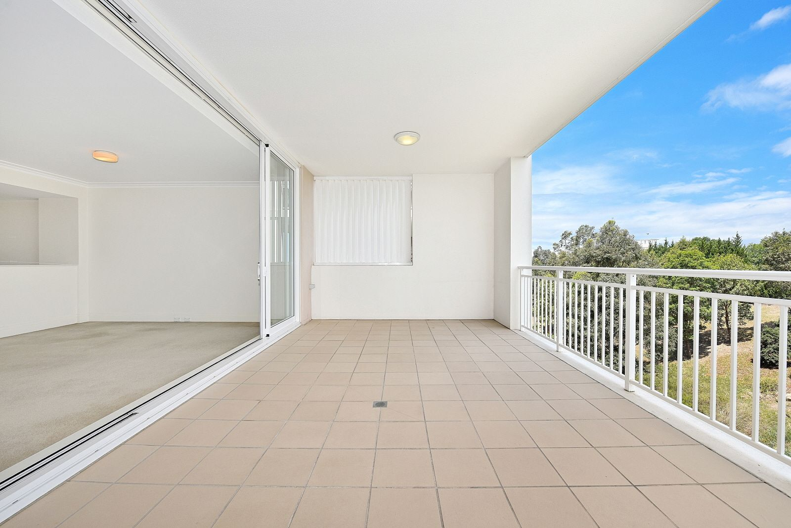 510/15-17 Peninsula Drive, Breakfast Point NSW 2137, Image 0