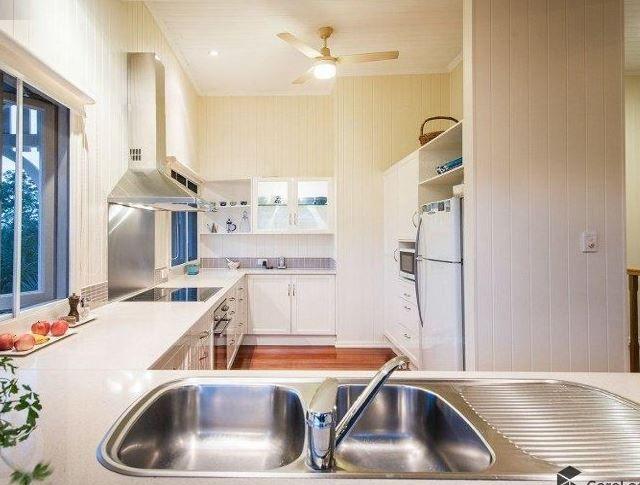 63 Norman Crescent, Norman Park QLD 4170, Image 1