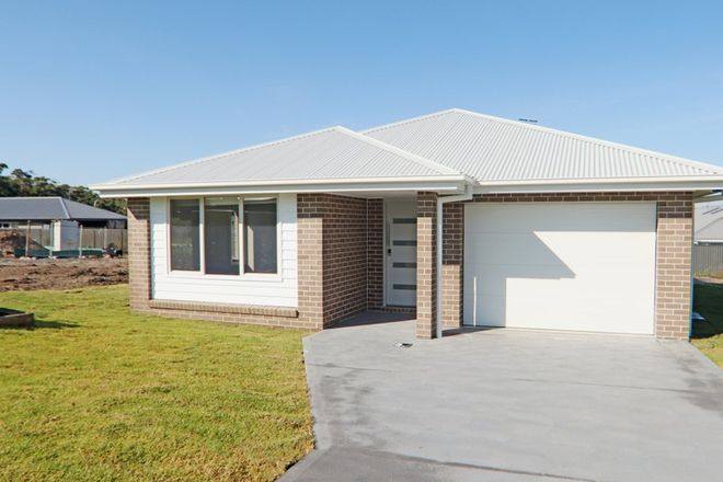 Picture of 5 Bexhill Avenue, SUSSEX INLET NSW 2540