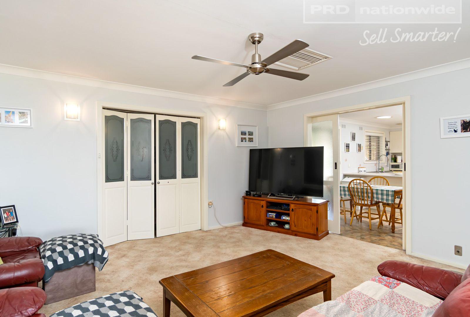 1 Jasmin Crescent, Lake Albert NSW 2650, Image 1