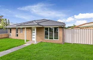 Picture of 1/11 Henty Street, Pakenham VIC 3810