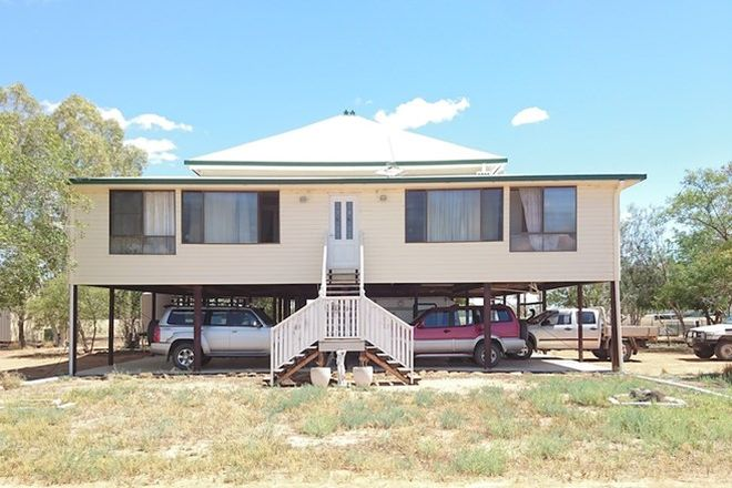 Picture of 113 Woodbine Rd, BLACKALL QLD 4472