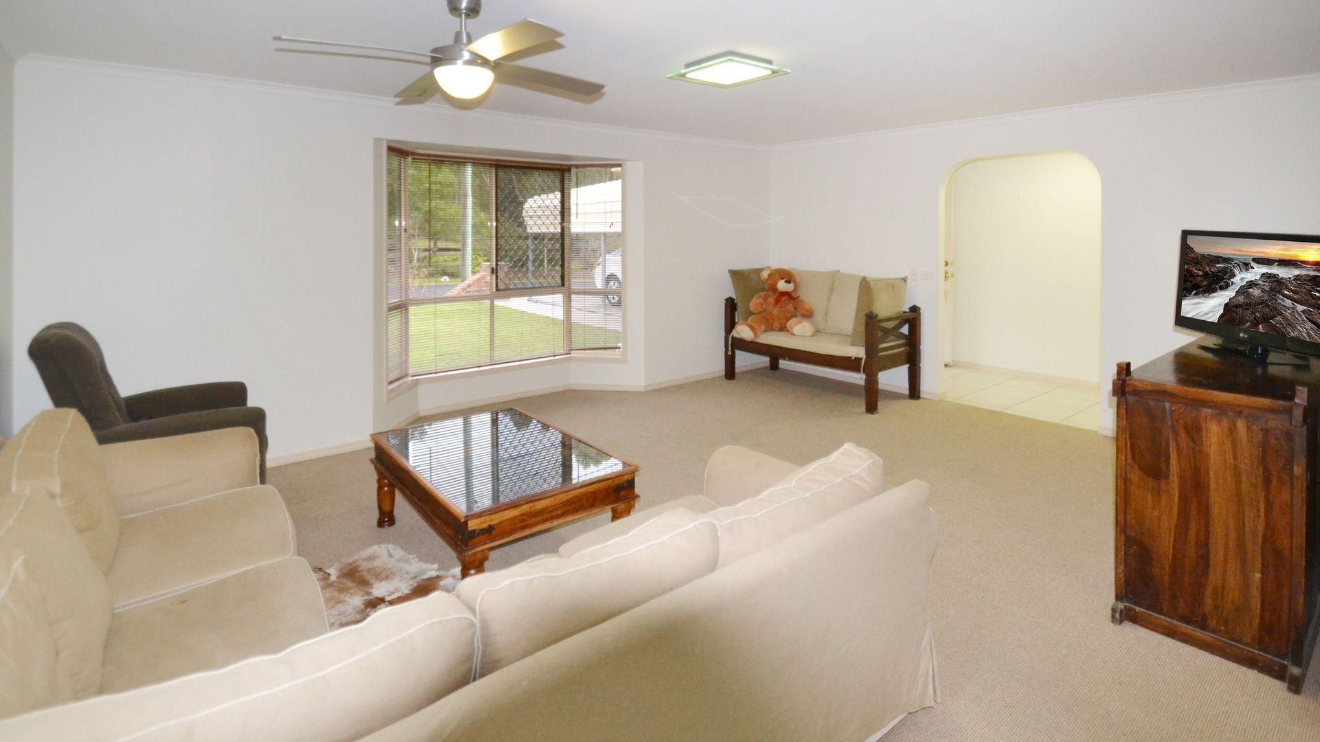 22 Calderwood Road, Landsborough QLD 4550, Image 2