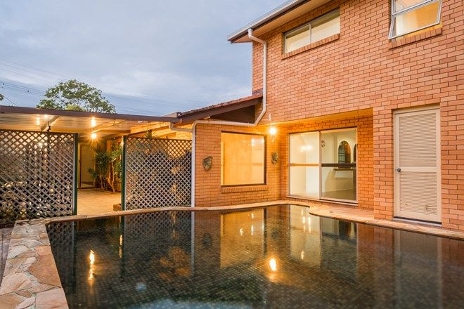 Picture of 10 Crombie Ave, BUNDALL QLD 4217
